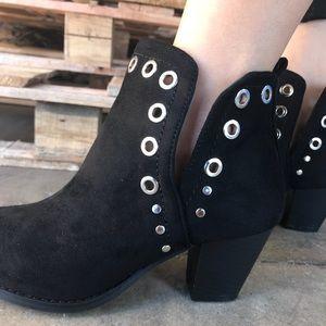 Shoes - Black V Cut Silver Grommet Bootie